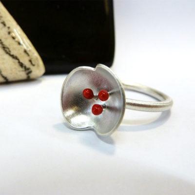 bague argent et résine rouge bijou contemporain créateur lyon